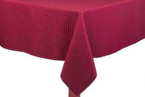 lindseys_lattice_tablecloth_burgundy